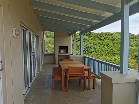 Oyster Bay, South Africa: PATIO WITH BRAAI