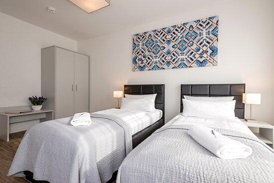 Kingsize apartment room 2