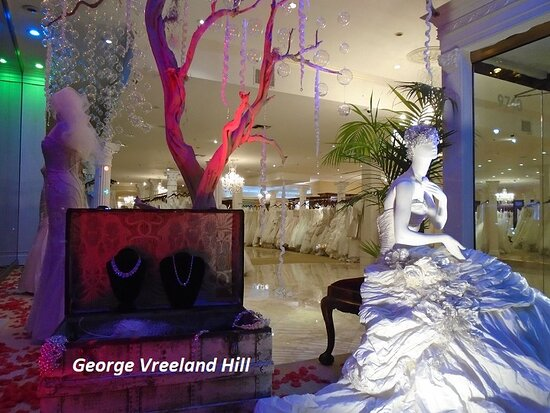 Panache Bridal in Beverly Hills.  Photo by, George Vreeland Hill