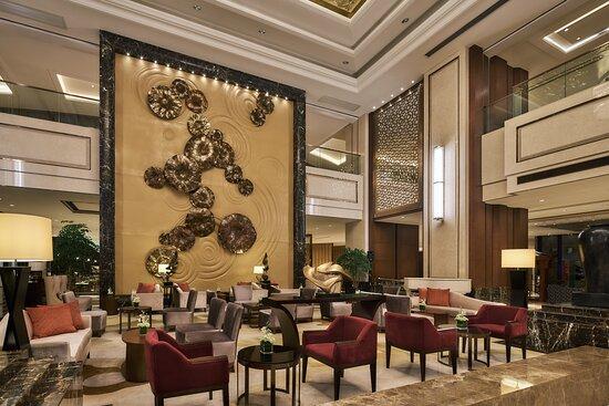 hotel lobby lounge