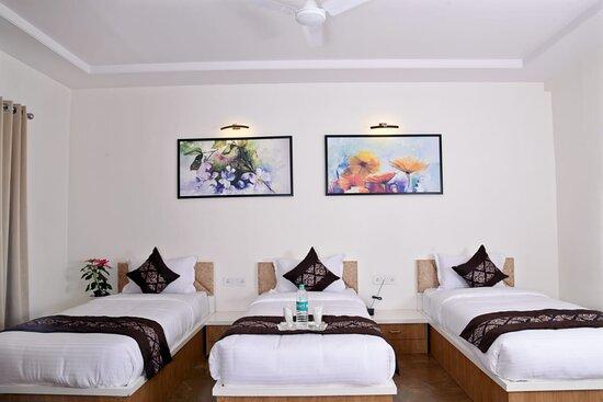 Aurangabad, India: we do have three bad premium room