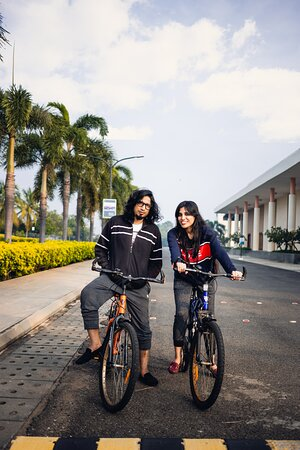 Traverse across the vast tar roads, laid for pedaling across cycles, to kick in your daily dose of wellness, with your loved ones