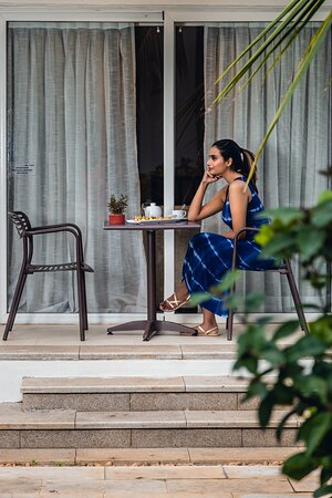 Kick back and relax in your outdoor area, while you sip on your favorite coffee/ beverage during the peaceful mornings or mellow evenings