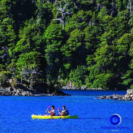 Animate a descubrir los mejore rincones de Bariloche en Kayak! Contactanos por whatsapp y hacé tu reserva