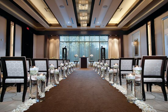 Mandalay Bay Wedding Chapels