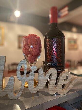 El mejor happy hour copa de vino $5