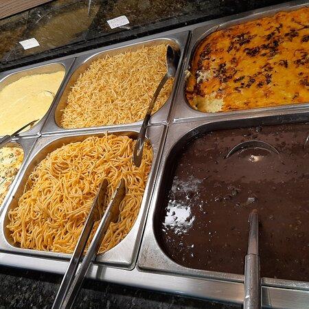 Almoço de Domingo e no Restaurante DALLO