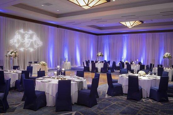 Montgomery Ballroom - Social Setup