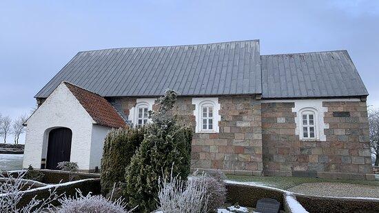Hornslet, Danmark: Kirken set fra syd