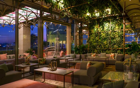 Eclectic lounge beverages awaits at Pierre's Bistro and Bar