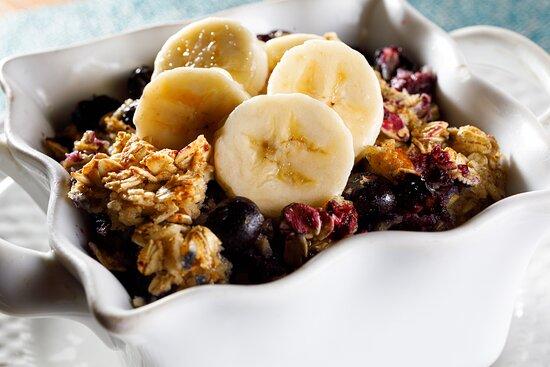Blueberry and Banana Oatmeal Bake