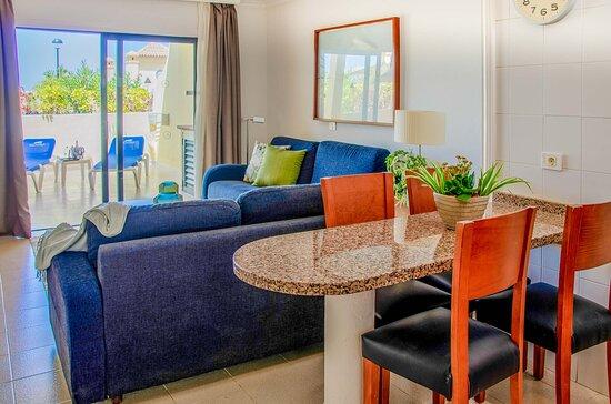 2 bed apartment - balcony - Ảnh của CLC Paradise, Tenerife - Tripadvisor