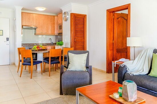 2 bed apartment- open plan living area