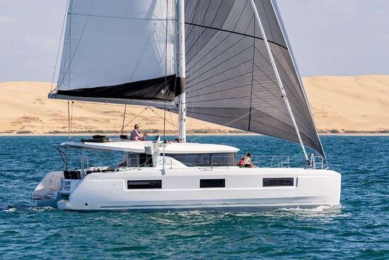 March Dragon Yacht Charter