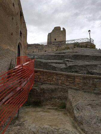 Cleto, İtalya: Castello di Savuto