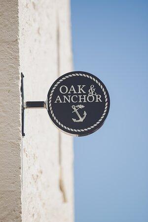 Oak & Anchor Hotel Exterior