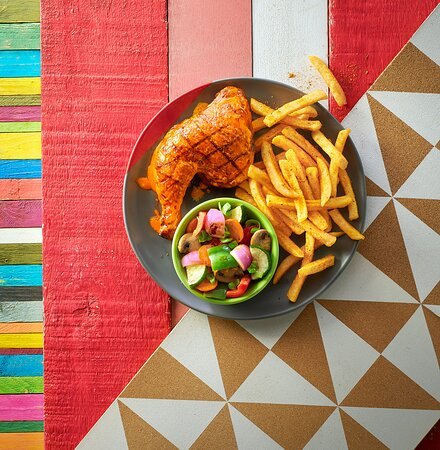 1/4 Chicken with PERI Chips and Char Grilled Veg