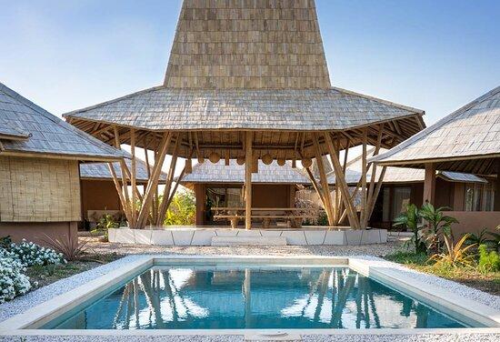 Maringi Sumba (by Sumba Hospitality Foundation)