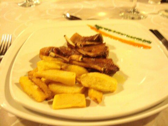 Chuletitas de solomillo lechal ...Muy recomendable!!!
