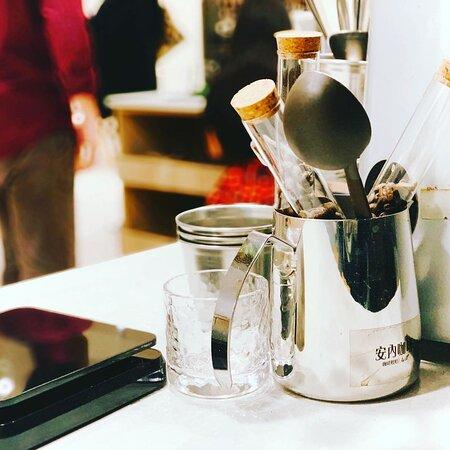 一些沖煮咖啡的日常器材道具