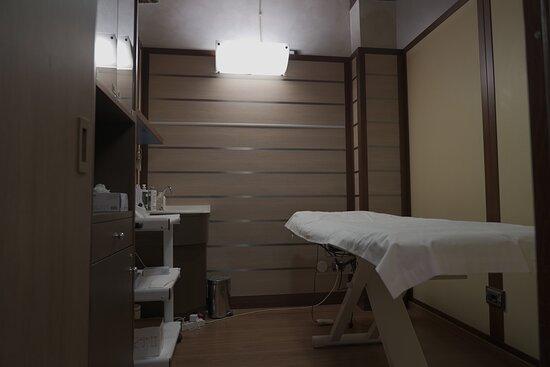 Cabine eleganti e confortevoli allo stesso tempo, in cui godervi il vostro trattamento in pieno relax.