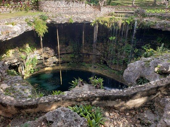 Chichen Itza All-Inclusive, Tequila tasting, Cenote Swim, Buffet & Valladolid: The Cenote