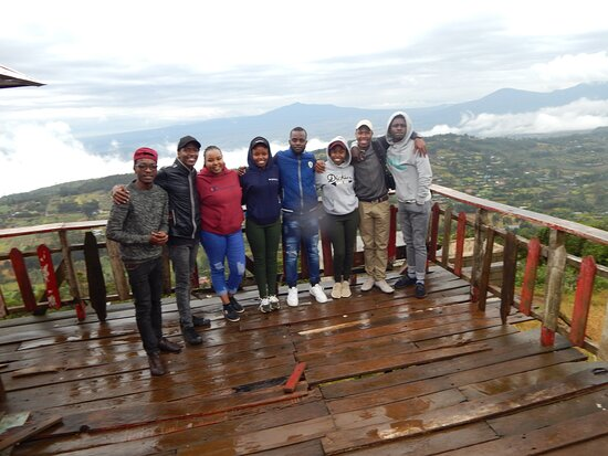 A stop at the Great Rift Valley view point with my friends
