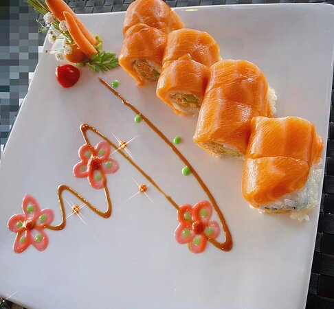 Golden Salmon Roll