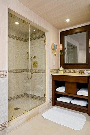 Metropolitan Suite - Bathroom