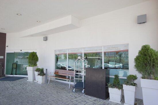 Exterior Feature