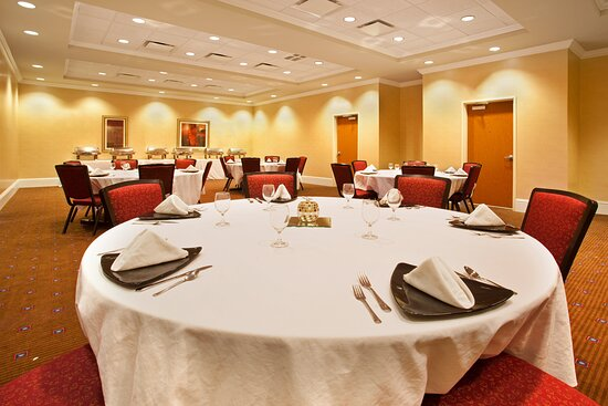 Hosting Banquet Events for up to 40 people