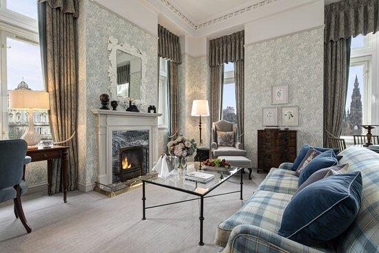 The Blamoral - Castle View Suite