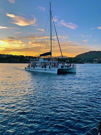 Saint-Raphael, France: AMC Cape Grace - Sorties en mer en maxi-catamaran soirée dîner coucher de soleil