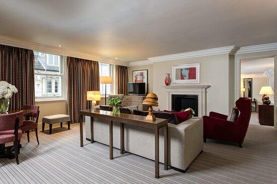 Brown's Hotel - Deluxe Suite