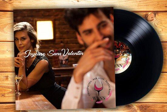 Chers sans Valentin et sans Valentine, c'est le weekend de la SANS VALENTIN au Wynn, nous vous invitons à la fêter dans les good vibes et la bonne humeur et peut être rencontrer sa moitié😉. Les couples sont les bienvenus aussi bien sûr 😉. Ouvert à partir de 15h. Sous réservation : 0661472501 Le Wynn c'est la famille.