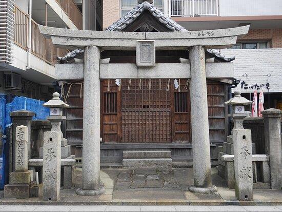 玉取恵比須神社社殿