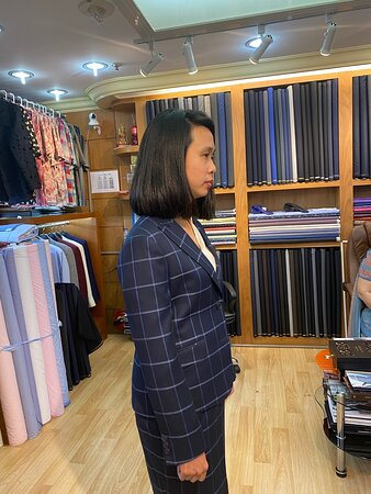 Om Fashion and Silk Custom Tailor