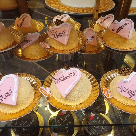 Genoa, Ý: Alcune torte della pasticceria Tagliafico