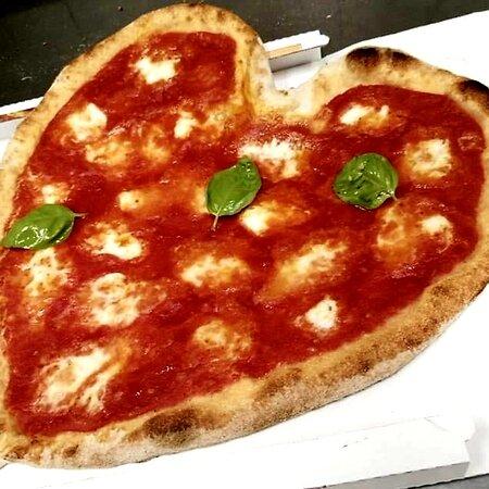 Genoa, Ý: Pizza per San Valentino