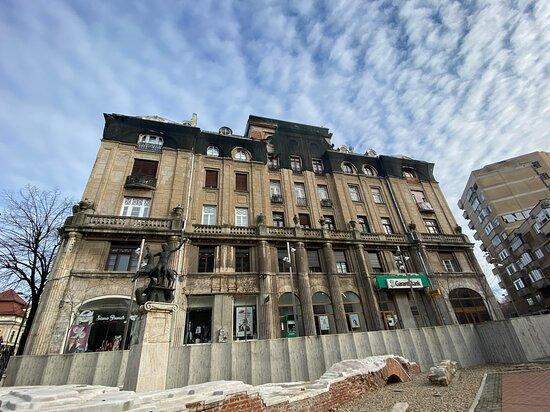 Szana Palace