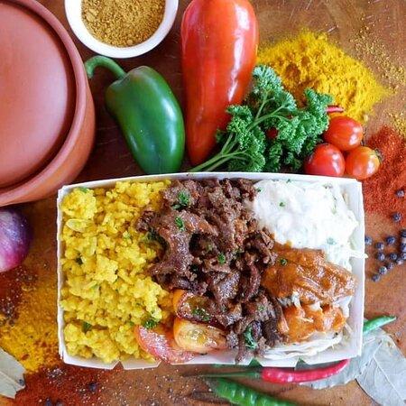 Meze Wrap's Beef Turmeric Rice