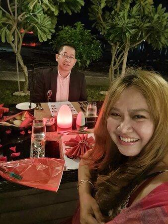 Valentine Dinner Date at the Loop Beach garden! Bab Al Qasr