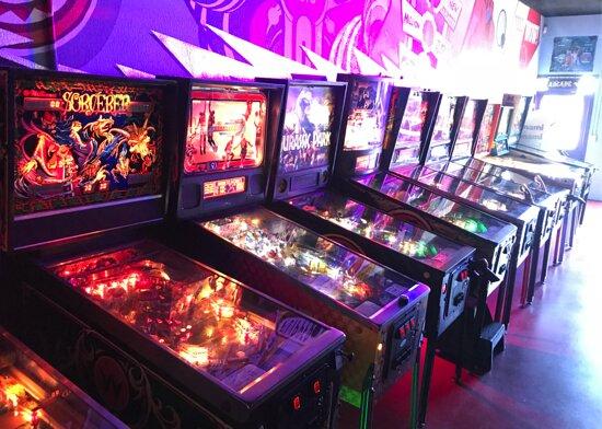 Calimesa, CA: Vintage Arcade & Pinballs