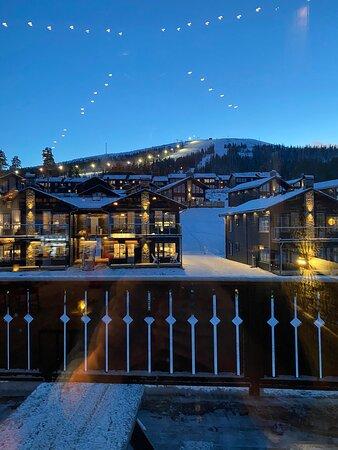 Stoten, Sweden: Härlig miljö på Mountain Lodge