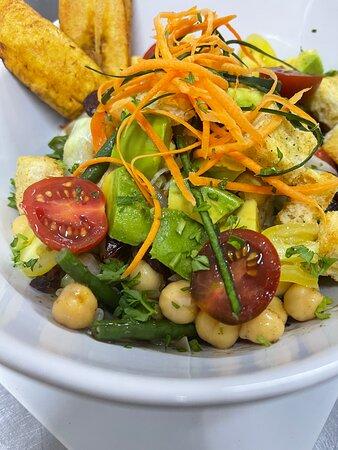 TJ's Chickpeas Salad