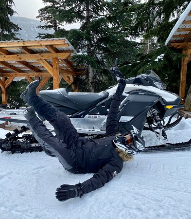Callaghan Cruiser Snowmobile Tour Picture