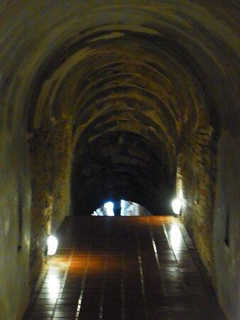 洞窟内風景