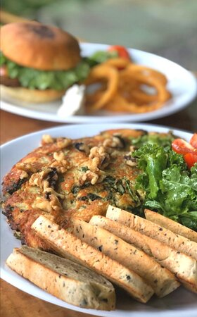 Vegan Omelette with homemade bread