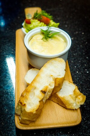 chicken liver pate delicate creamy chicken liver pate  served with fresh toast