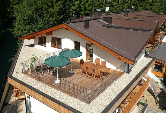 Oberndorf, Αυστρία: Penthouse Enzian und Edelweiß  mit eigener Dachterrasse